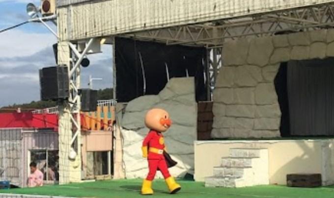 ママ必見!『こども連れステージショー攻略マニュアル』よみうりランドで『プリキュア』『仮面ライダー』と握手しよう!